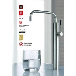 Trinkwasser Armatur mit schwarzem Griff - Still One Serie